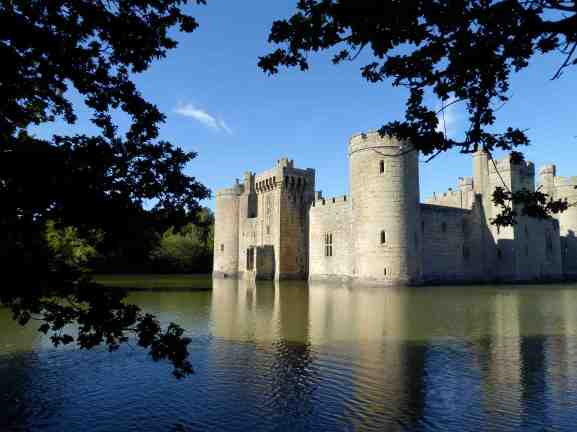 Bodiam Castle - 189,000 visitors a year: up 28,000 in two years. Busiest day? Sunday. No bus!